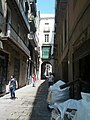 Arch over narrow street (18603660240).jpg
