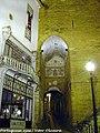Arco de Almedina - Coimbra - Portugal (35443880025).jpg
