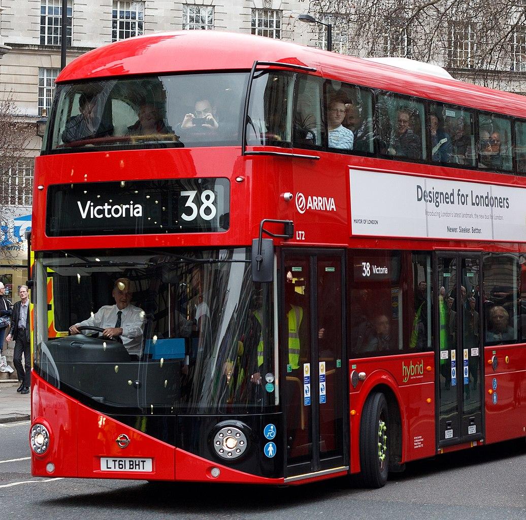 File:Arriva London bus LT2 (LT61 BHT) 2011 New Bus for ...