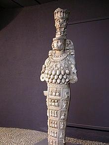 La Signora di Efeso, che I greci identificano con Artemide - Museo archeologico di Efeso, Turchia