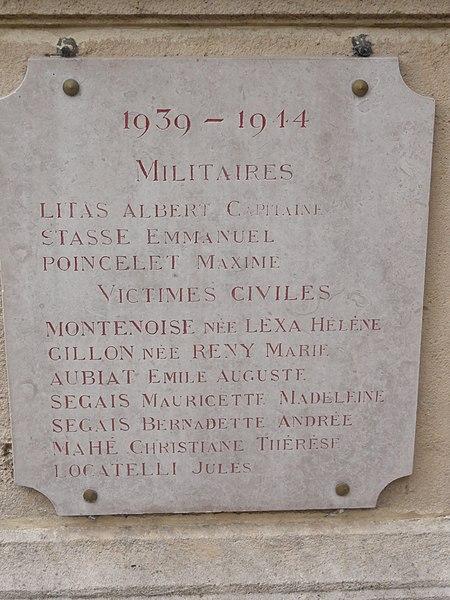 Aubréville (Meuse) monument aux morts