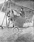 Aurel Vlaicu pe campul de la Cotroceni (primul zbor).jpg