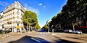 Avenue des Ternes - Avenue des Ternes, August 2011.