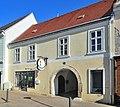 Bürgerhaus 11004 in A-2460 Bruck an der Leitha.jpg