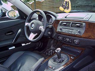 BMW Z4 (E85) Motor vehicle