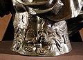 Baccio bandinelli, busto di cosimo I, 1554-58 (palatina) 04 grifoni.jpg