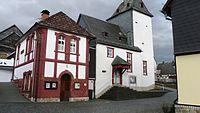 Backhaus und Kirche Niederlemp.jpg
