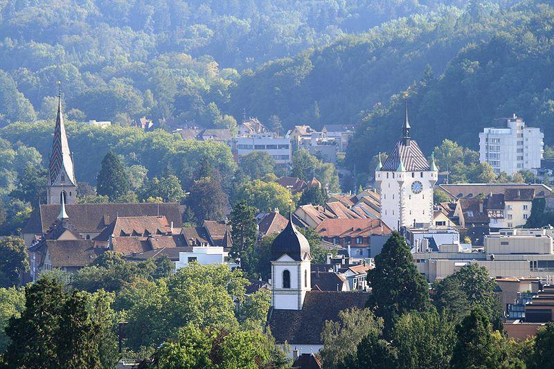 http://upload.wikimedia.org/wikipedia/commons/thumb/b/b7/Baden_Altstadt_9502.JPG/800px-Baden_Altstadt_9502.JPG