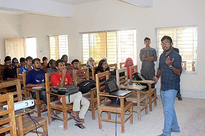 Bangla Wikipedia Workshop at University of Barisal, 2017 03.jpg