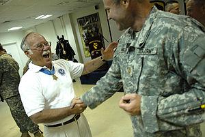 Harvey C. Barnum Jr. - Barnum visiting troops in Iraq, 2007
