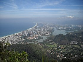 Barra da Tijuca seen from Pedra da Gávea^ - panoramio.jpg