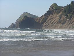 Beach at Road's End State Park (Lincoln City, Oregon - June 2007).jpg