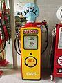 Beckmeter Shell sealed benzinepomp in het Museum voor Nostalgie en Techniek pic3.JPG