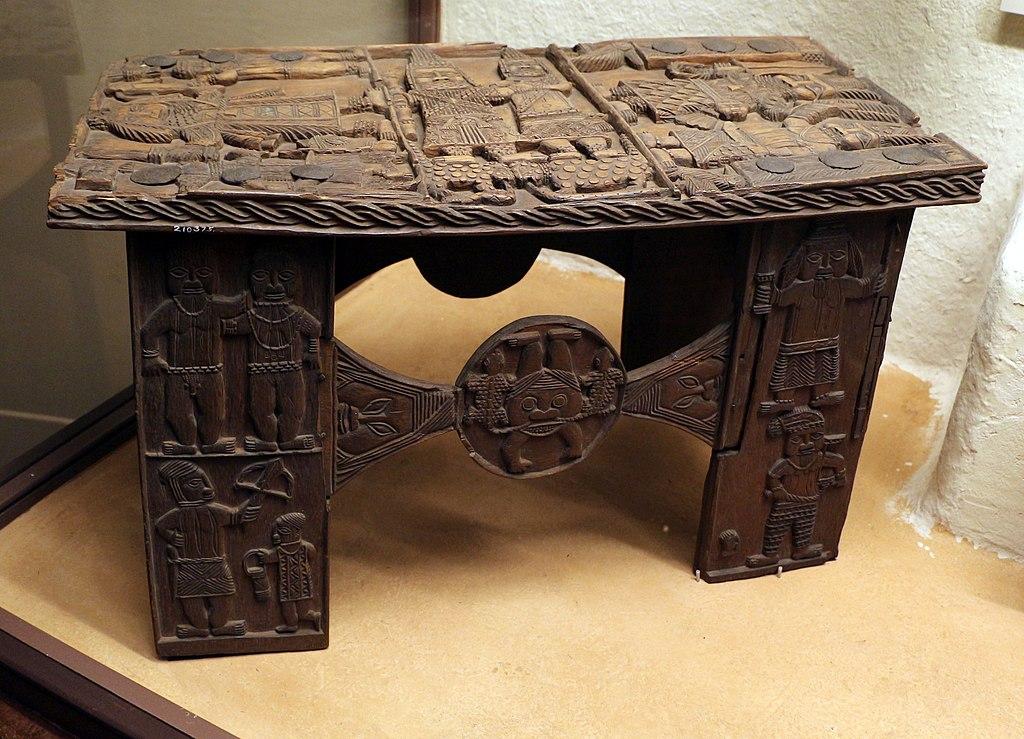 File benin edo sgabelli in legno g wikimedia commons