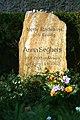 Berlin Anna Seghers Grab 7112 59.jpg