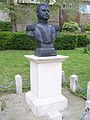 Bernardo O'Higgins memorial, London.JPG