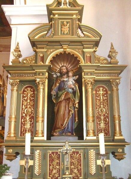 File:Billafingen Pfarrkirche Seitenaltar.jpg
