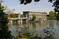 Birsfelden-Flusskraftwerk.jpg