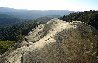 Castle Rock State Park (California) - Image: Boulder near cliffside at Castle Rock State Park