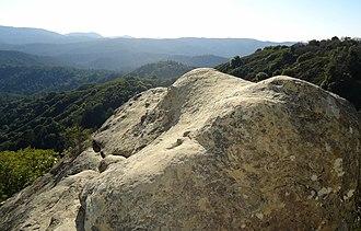 Castle Rock State Park (California) - Image: Boulder near cliffside at Castle Rock State Park