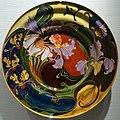 Bowl with orchids, by J. Jurriaan Kok (form) & J. Schellink (decoration), Haagsche Plateelbakkerij, Rozenburg, Den Haag, 1903, ceramic - Hessisches Landesmuseum Darmstadt - Darmstadt, Germany - DSC00826.jpg