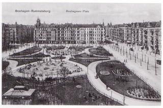 Boxhagener Platz, [CC0], via Wikimedia Commons