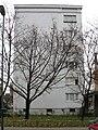 Bratislava Kmetovo namestie 1 panelovy dom.jpg
