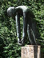 Bronzefigur Mahnmal Jügesheim.jpg