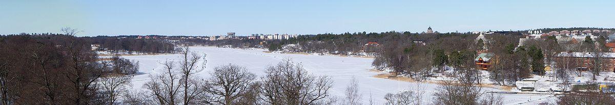 "Bellevue:   ""Vacker utsikt"" fra Carl Eldhs Ateliermuseum mod nord over Brunnsviken, marts 2010."