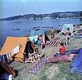 Bundesarchiv Bild 183-1982-0730-409, Vogtland, Jugendliche beim Camping.jpg