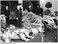 Bundesarchiv Bild 183-A0802-0010-001, Leipzig, Abschied von Franz Konwitschny.jpg