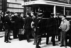 Bundesarchiv Bild 183-B10816, Frankreich, Paris, Judenverfolgung