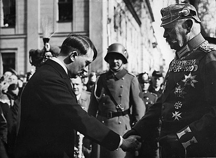Hitler and Hindenburg at the Garrison Church in Potsdam Bundesarchiv Bild 183-S38324, Tag von Potsdam, Adolf Hitler, Paul v. Hindenburg.jpg