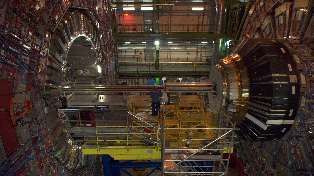 CERN (Film) – Wikipedia