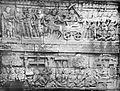 COLLECTIE TROPENMUSEUM Basreliëf over het leven van Boeddha in tempelcomplex Borobudur TMnr 10015898.jpg
