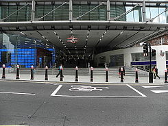 Cannon Street railway station new entrance1.JPG