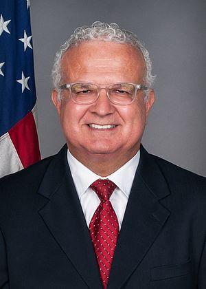 Carlos R. Moreno - Image: Carlos Moreno v 2