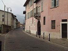Facciata della casa dei Montini dove nacque il futuro Pontefice
