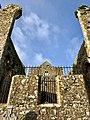 Cashel Cathedral, Rock of Cashel, Caiseal, Éire (32717329958).jpg