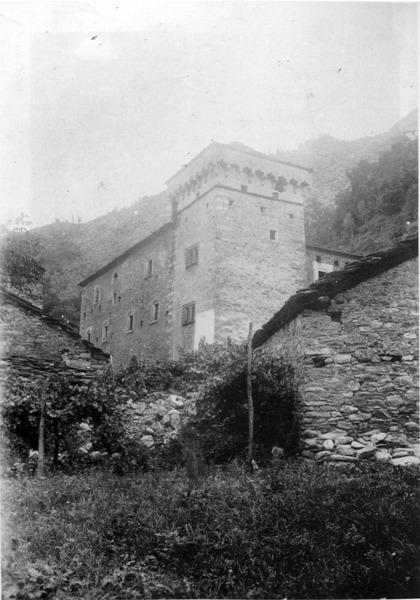 File:Castello dei signori d'avise, fig 201, foto nigra.tif