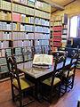 Castello della magione, interno, biblioteca 01.JPG