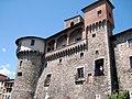 Castelnuovo di Garfagnana Castle - panoramio.jpg