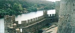 Castelo-de-Almourol vista-rio