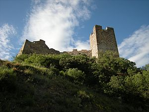 Ponce Giraldo de Cabrera - The castle of Ulver (Cornatel), the first command of Ponce in León.