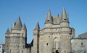 Le châtelet et la tour Saint-Laurent