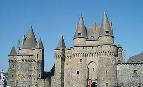 Castle-Vitre-France5.jpg