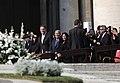 Ceremonia de Canonización de Monseñor Romero. (45262438812).jpg