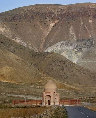 Battle of Chaldiran - Monument commemorating the Battle of Chaldiran built on the site of battlefield