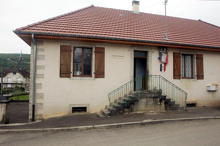Mairie de Chay (Doubs).