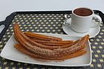 Churros con chocolate Mexico (32539051653).jpg